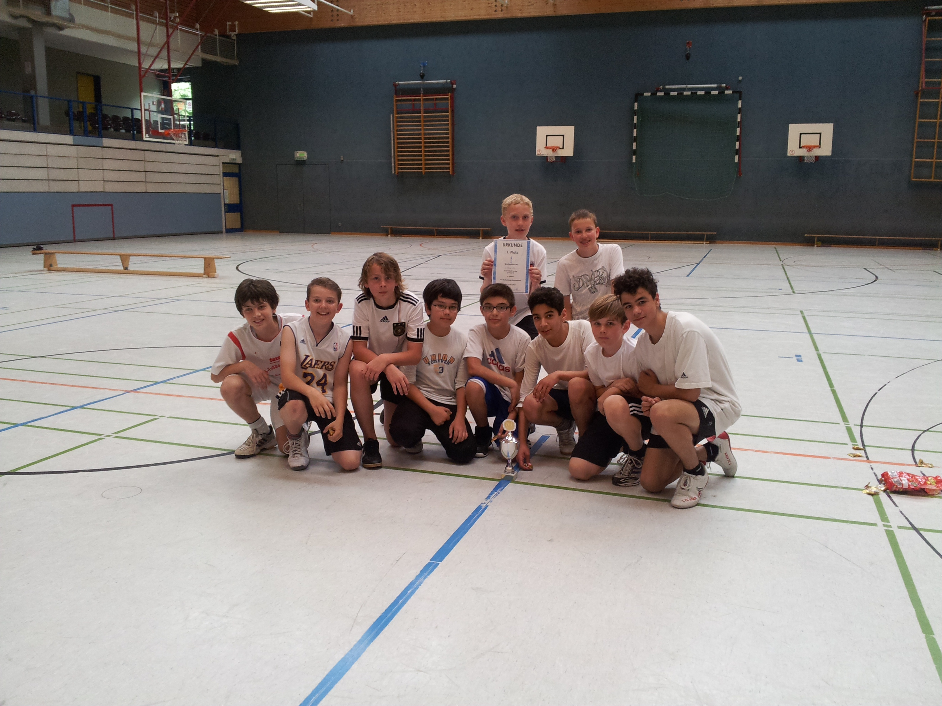 Basketbal-Turnier der Klassen 6 2012 (1)
