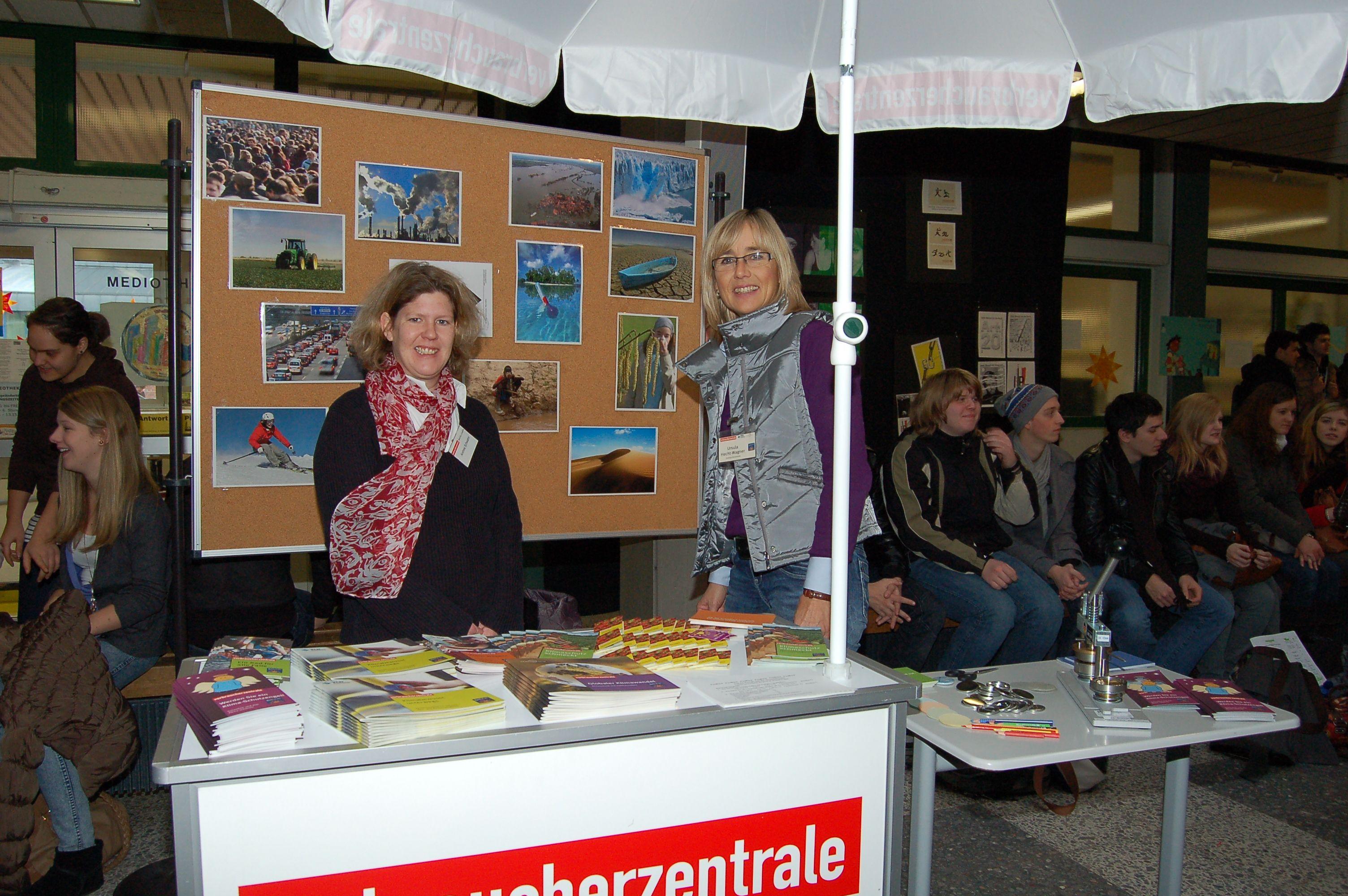 10.12.2010_Tag_der_Energie_und_Menschenrechte (34)