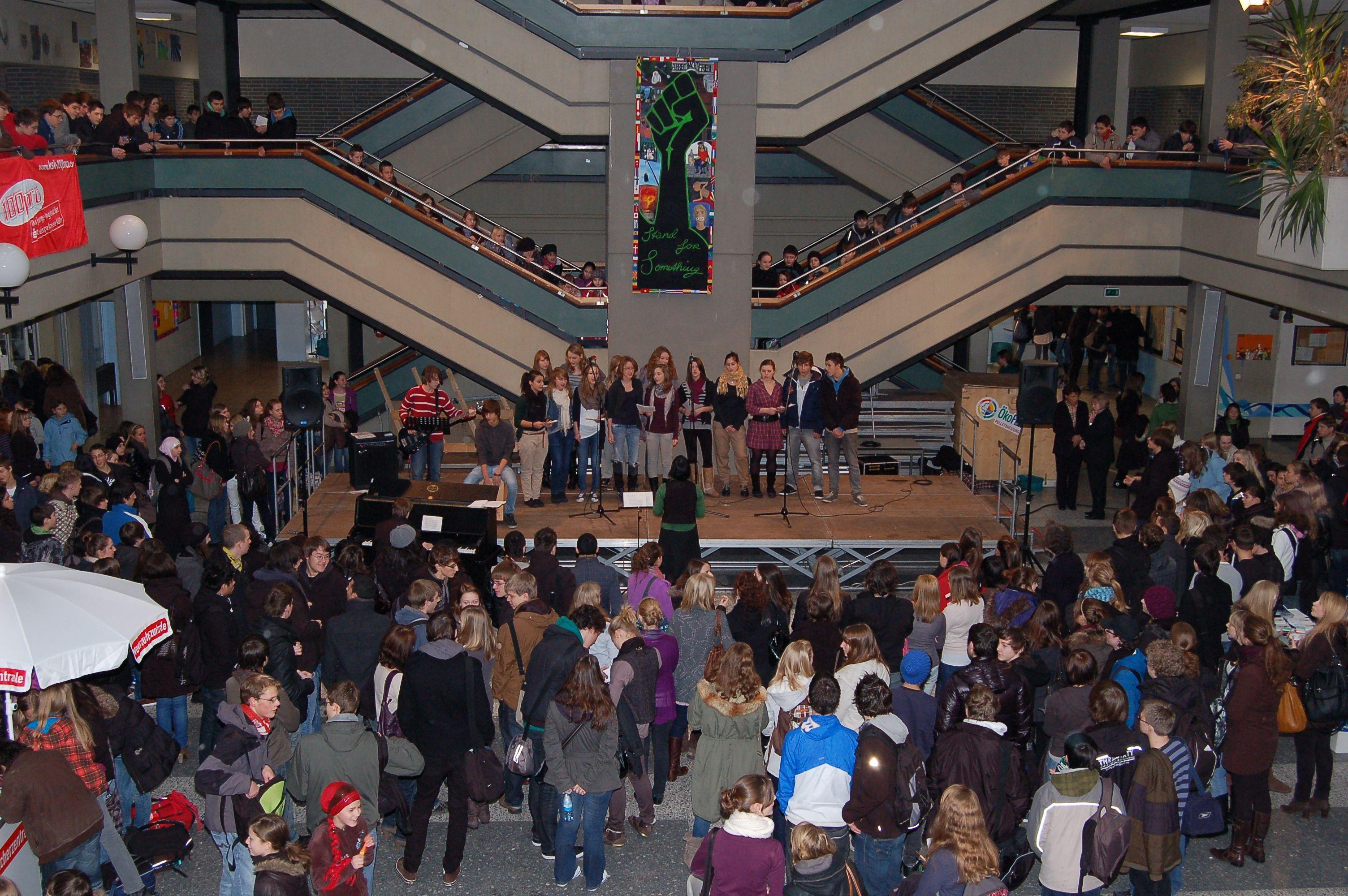 10.12.2010_Tag_der_Energie_und_Menschenrechte (38)