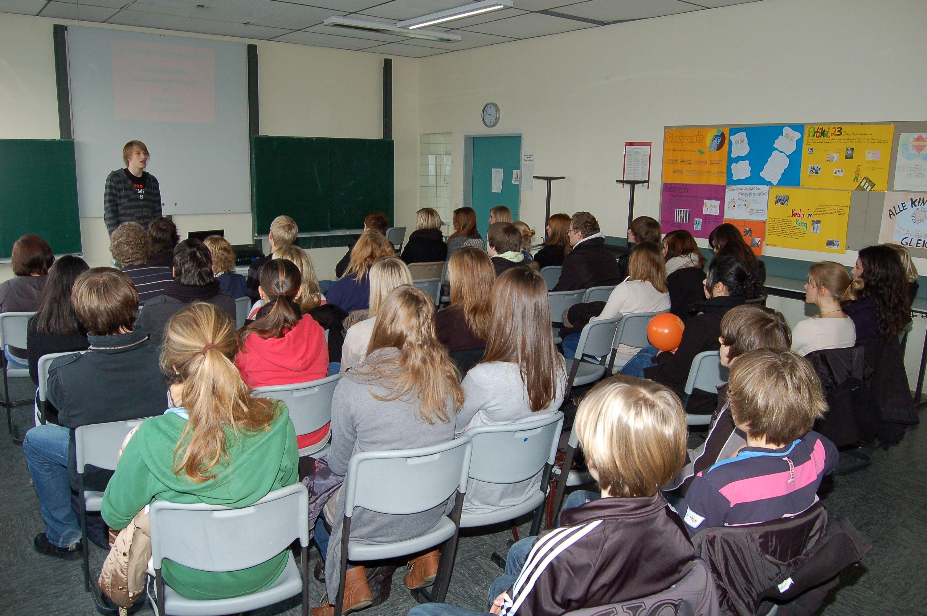 10.12.2010_Tag_der_Energie_und_Menschenrechte (48)