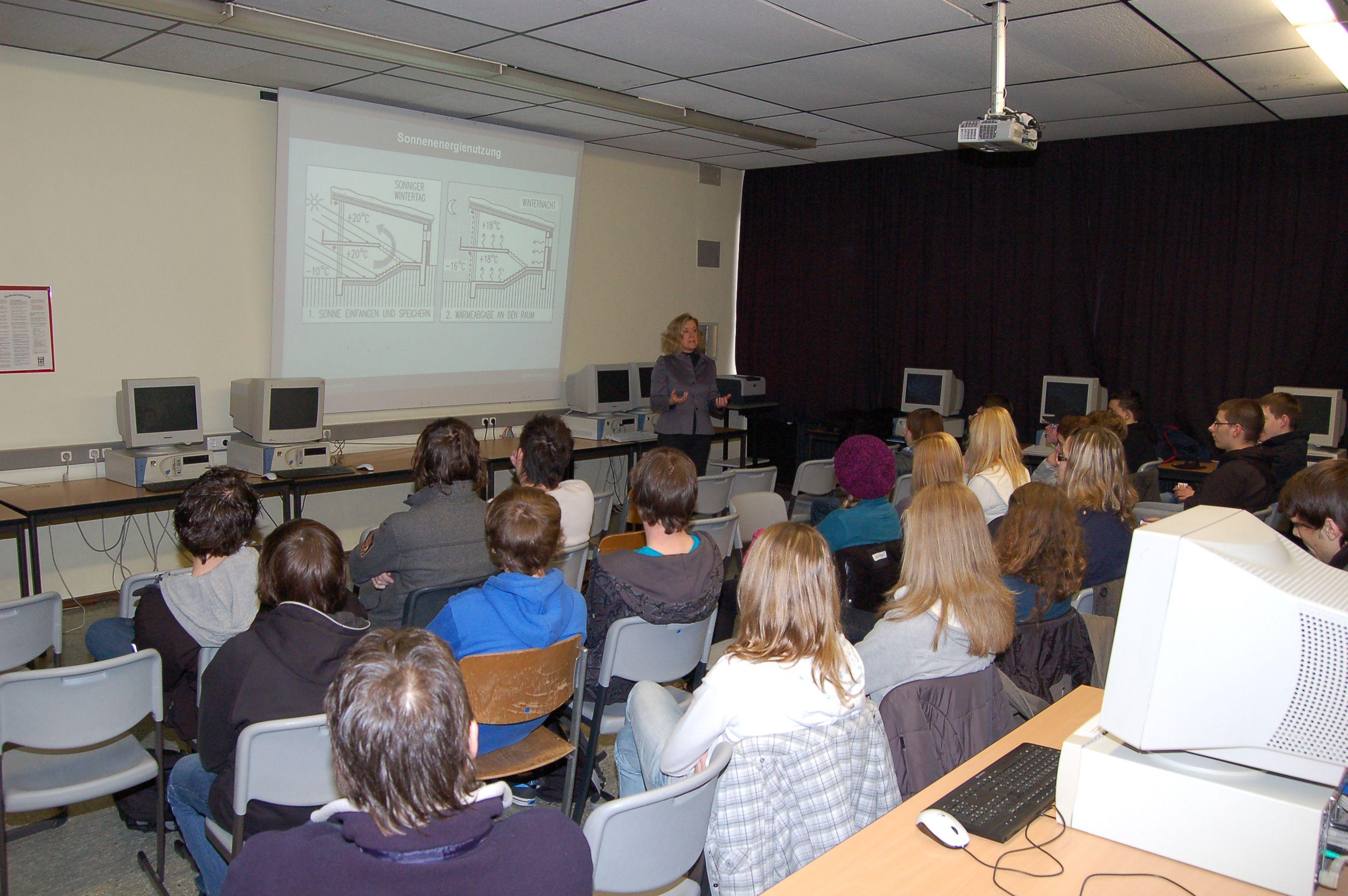 10.12.2010_Tag_der_Energie_und_Menschenrechte (56)