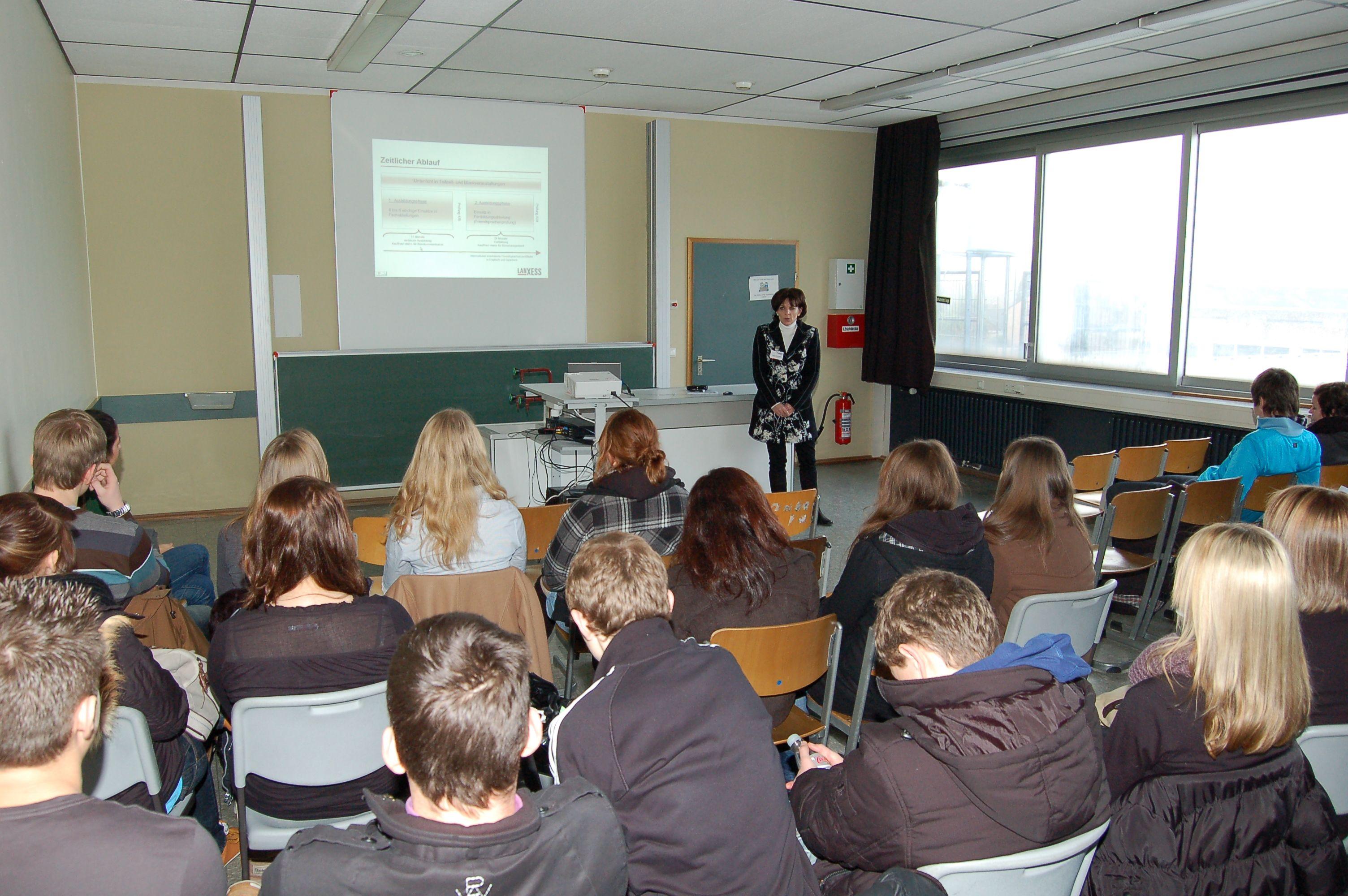 10.12.2010_Tag_der_Energie_und_Menschenrechte (67)