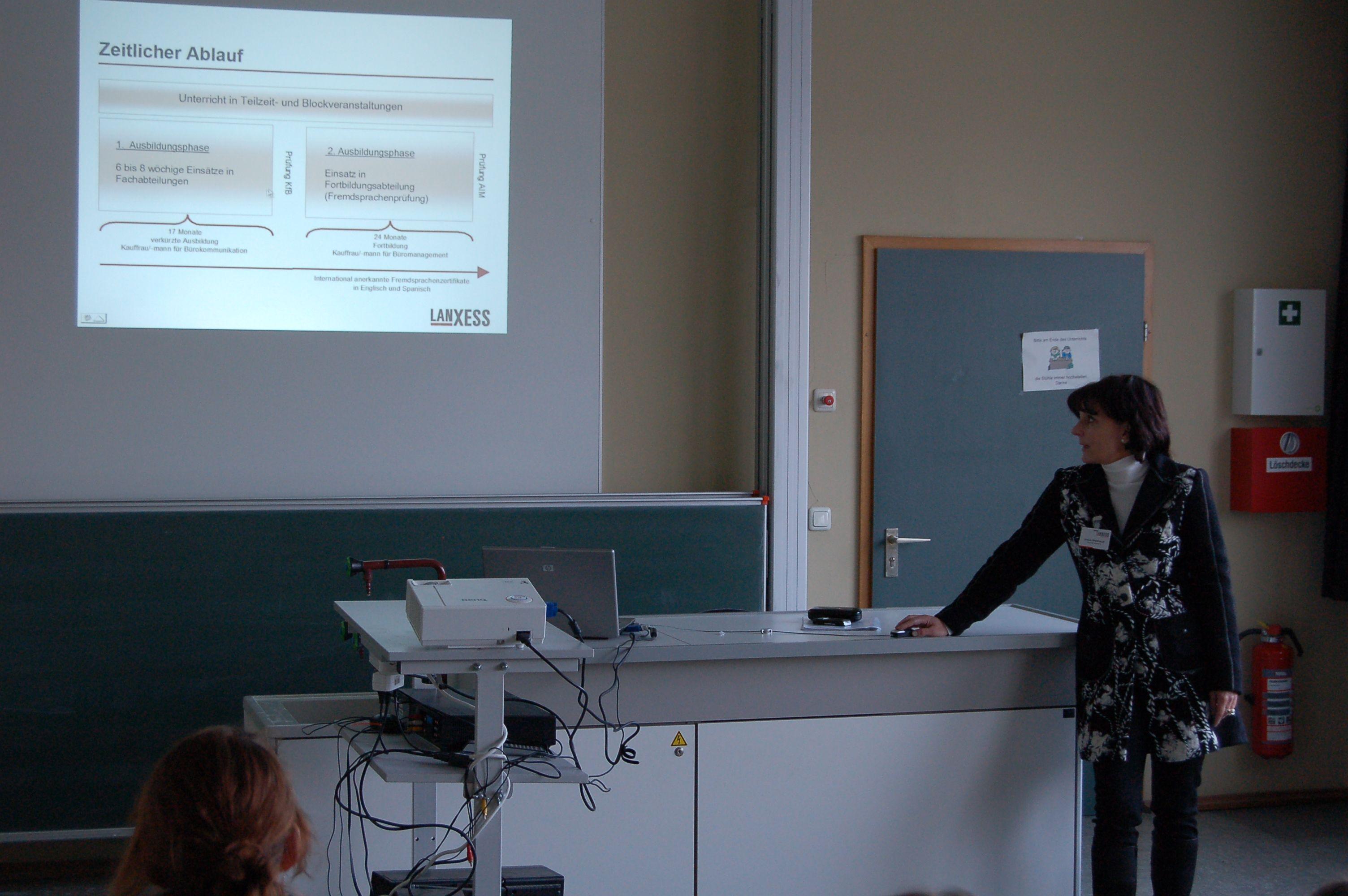 10.12.2010_Tag_der_Energie_und_Menschenrechte (68)