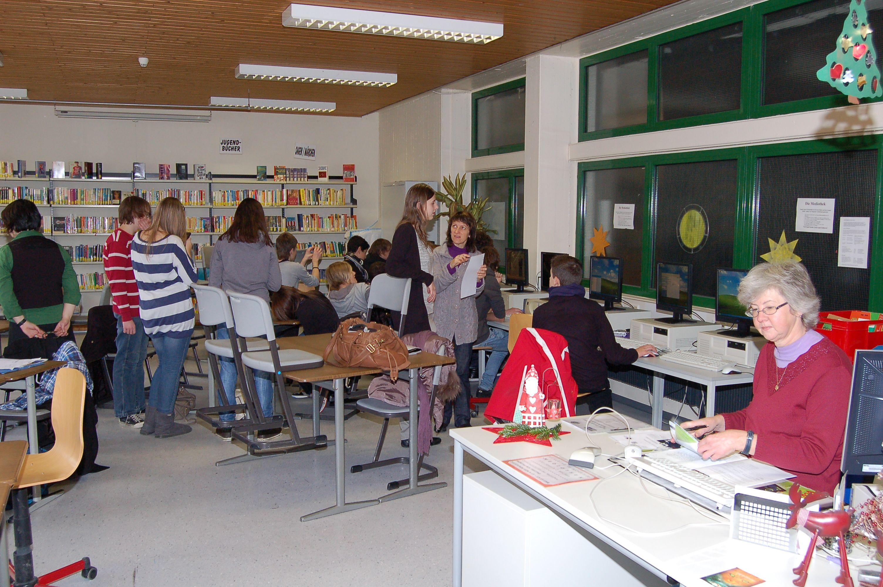 10.12.2010_Tag_der_Energie_und_Menschenrechte (70)